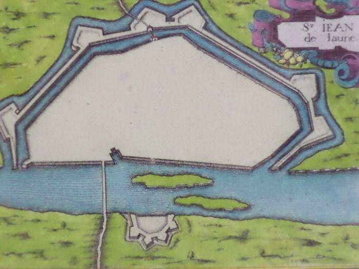 Hand Colored 1636 Print, Map of St Iean de lauen [St Jean delaune], from 'Les plans et profils de toutes les principales villes et lieux considerables de France', [Tassin, Nicholas]