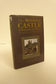 The Medieval Castle in England and Wales: A Social and Political History, Pounds, N.J.G.